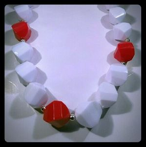 Jewelry - Vintage Red White Chunky Beaded Necklace
